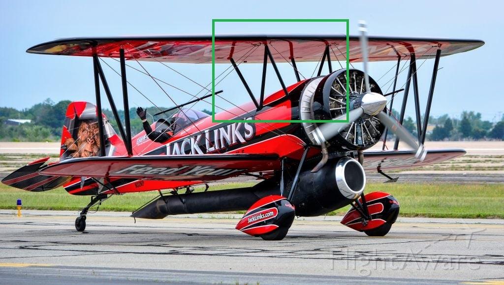 Pour m'envoyer en l'air, un bel oiseau biplan ! - Page 38 Avion10