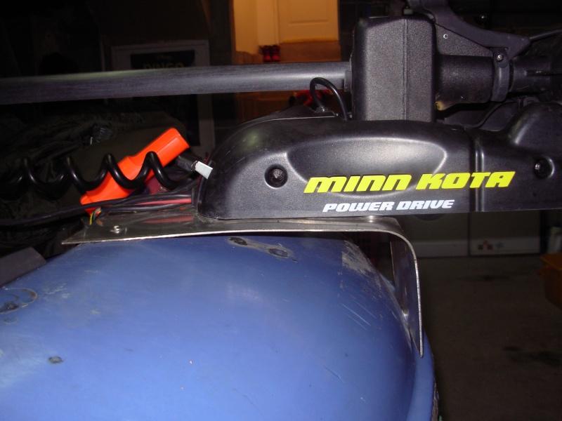 Support moteur avant sur CAP 400 Moteur10