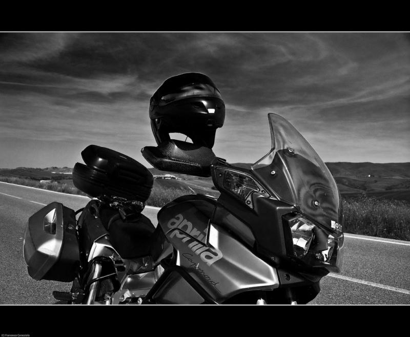 Vos plus belles photos de moto - Page 3 Aprili10