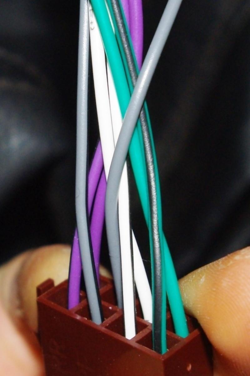 Problème de branchement autoradio Imgp0216
