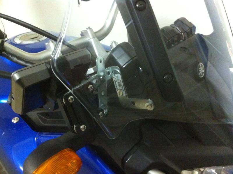 fabriquer un support GPS GARMIN NUVI 510 pour -5euros Jkklj10