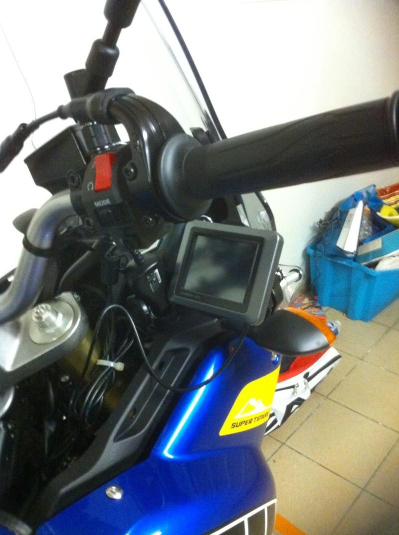 fabriquer un support GPS GARMIN NUVI 510 pour -5euros Ojpj10