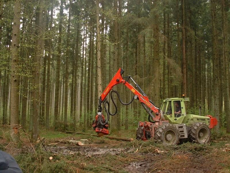 TRACTEUR JD FORESTIER Dscf0020