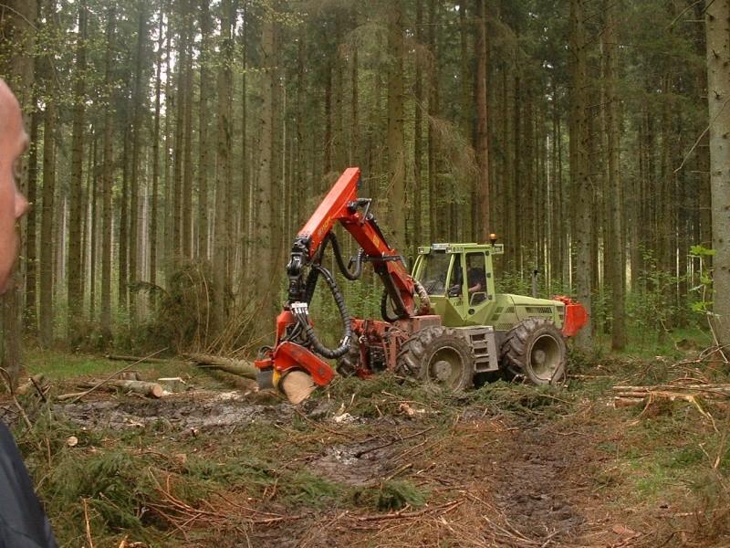 TRACTEUR JD FORESTIER Dscf0021