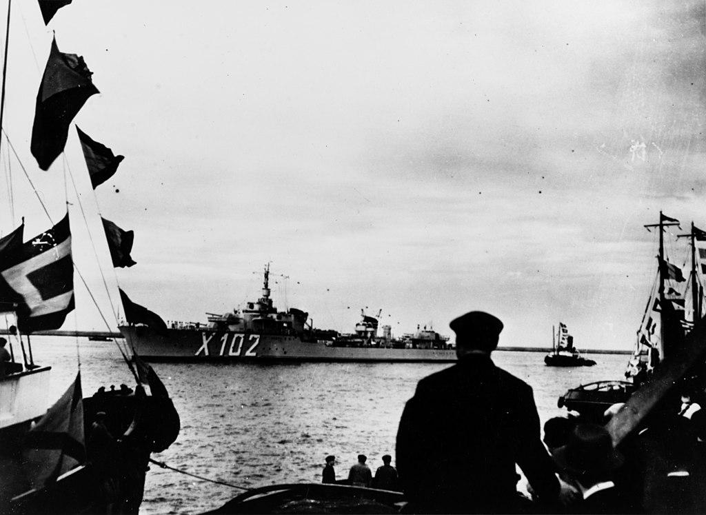 La guerre sous-marine et de surface 1939 - 1945 - Page 44 1024px10