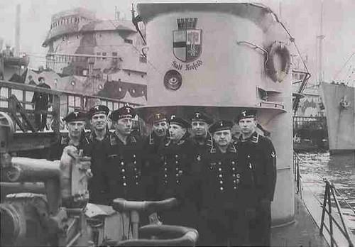 La guerre sous-marine et de surface 1939 - 1945 - Page 70 204-fr10