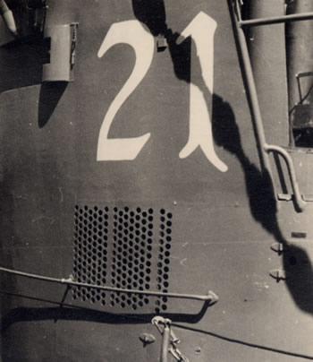 La guerre sous-marine et de surface 1939 - 1945 - Page 19 21_kio14