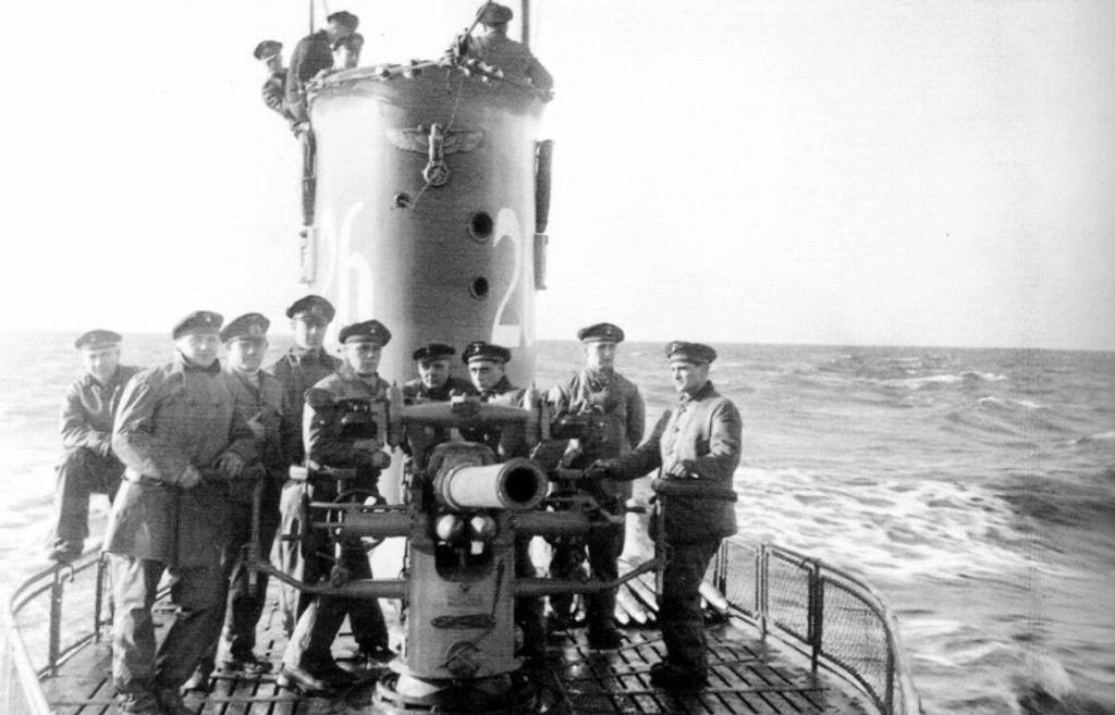 La guerre sous-marine et de surface 1939 - 1945 - Page 36 26_cre16