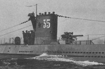 La guerre sous-marine et de surface 1939 - 1945 - Page 4 35_kio11