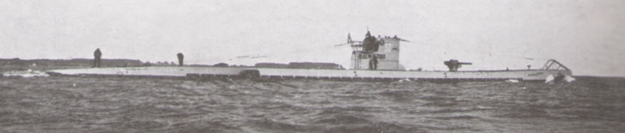 La guerre sous-marine et de surface 1939 - 1945 - Page 45 37_uni30