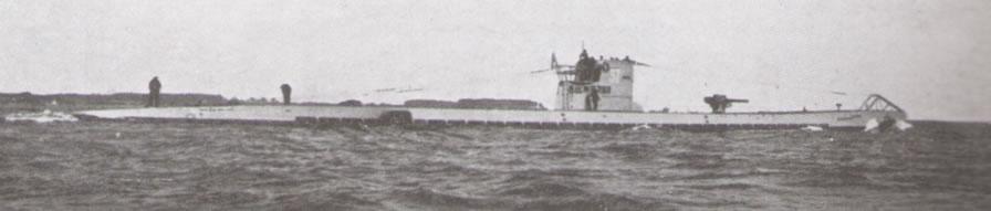 La guerre sous-marine et de surface 1939 - 1945 - Page 55 37_uni33