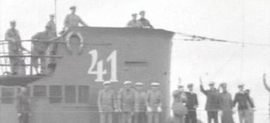 La guerre sous-marine et de surface 1939 - 1945 - Page 10 4111