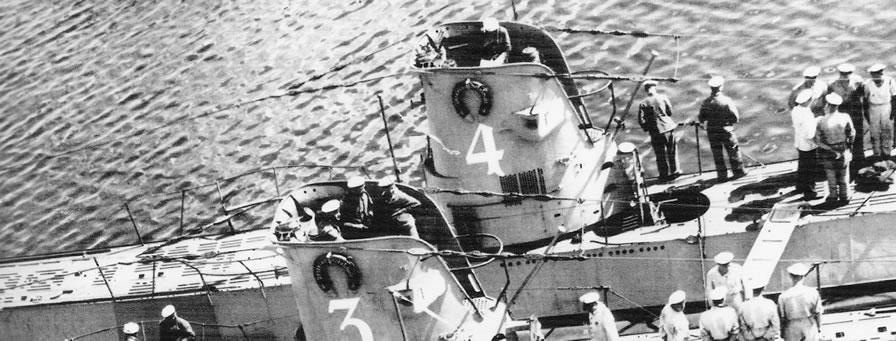 La guerre sous-marine et de surface 1939 - 1945 - Page 4 4_kios11