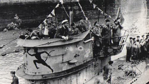 La guerre sous-marine et de surface 1939 - 1945 - Page 63 552_ki11