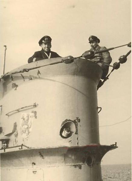 La guerre sous-marine et de surface 1939 - 1945 - Page 70 55710