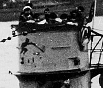 La guerre sous-marine et de surface 1939 - 1945 - Page 60 9313