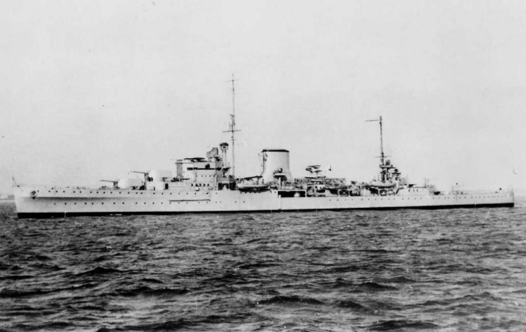 La guerre sous-marine et de surface 1939 - 1945 - Page 46 Ajax1n10