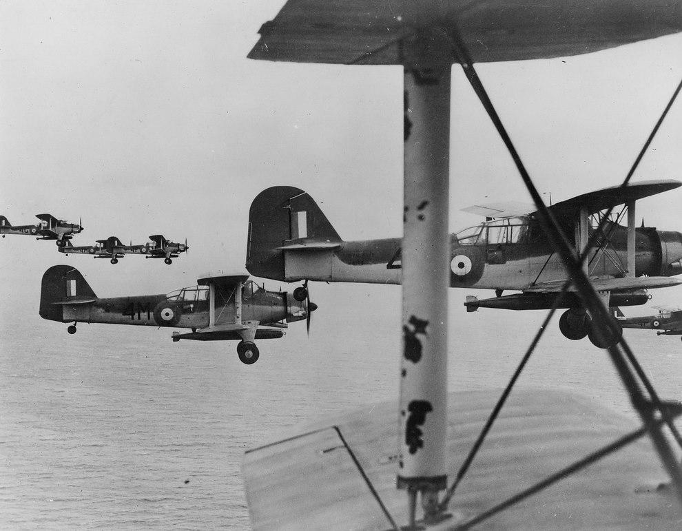La guerre sous-marine et de surface 1939 - 1945 - Page 64 Albaco10