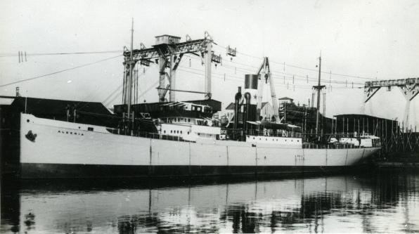 La guerre sous-marine et de surface 1939 - 1945 - Page 4 Algeri10