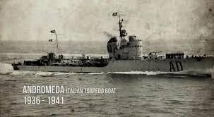 La guerre sous-marine et de surface 1939 - 1945 - Page 64 Androm10