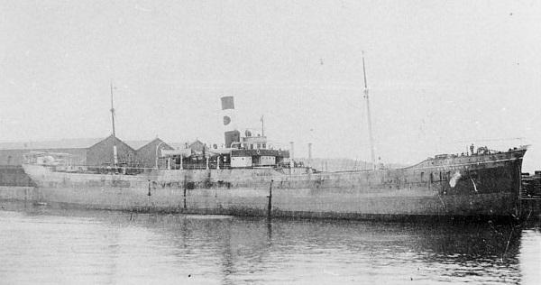 La guerre sous-marine et de surface 1939 - 1945 - Page 36 Angele10
