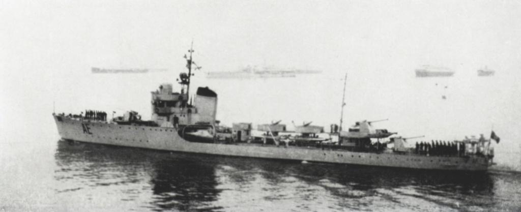 La guerre sous-marine et de surface 1939 - 1945 - Page 46 Ariel10