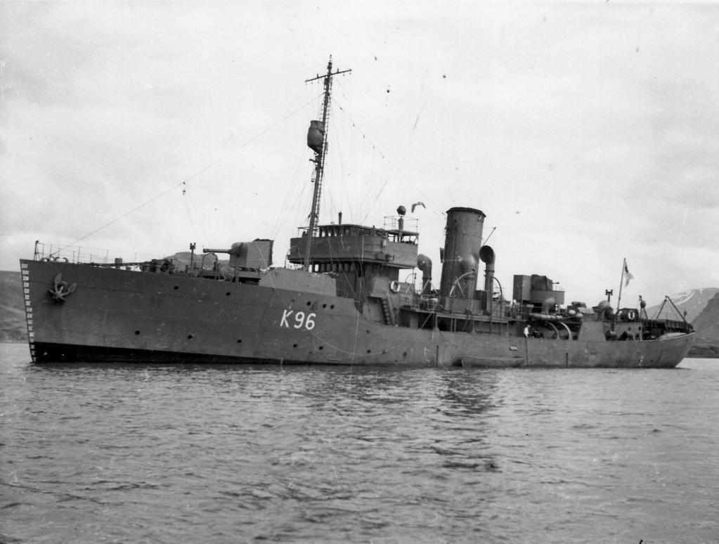 La guerre sous-marine et de surface 1939 - 1945 - Page 2 Aubrie10