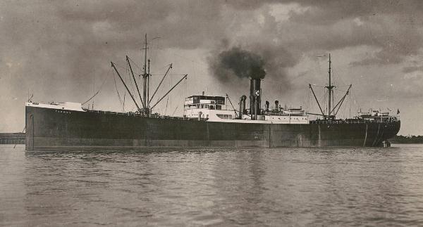 La guerre sous-marine et de surface 1939 - 1945 - Page 62 Augval10