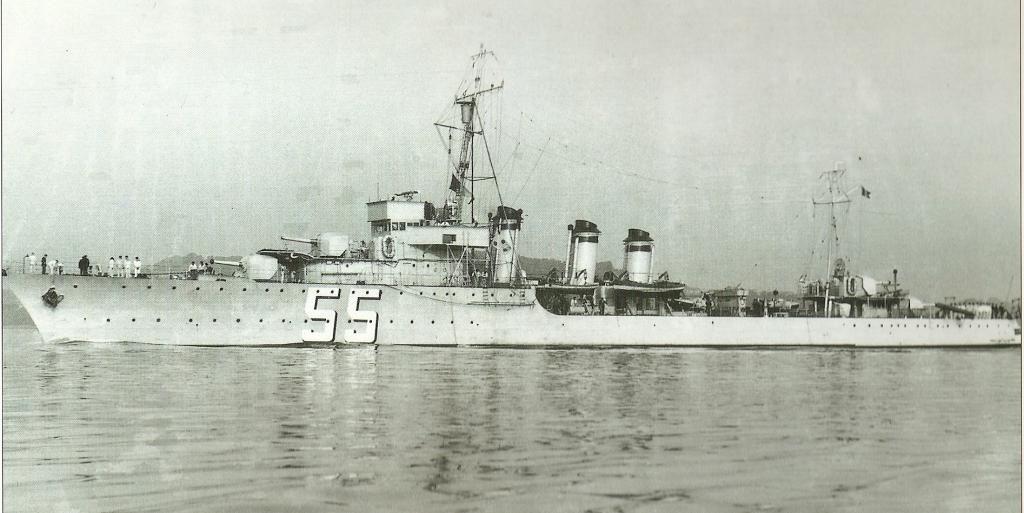 La guerre sous-marine et de surface 1939 - 1945 - Page 36 Basque10