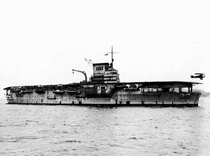 La guerre sous-marine et de surface 1939 - 1945 - Page 36 Bearn_10