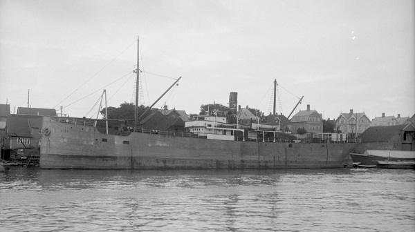 La guerre sous-marine et de surface 1939 - 1945 - Page 18 Bisp10