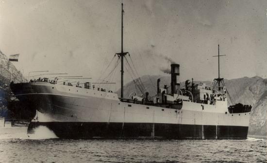 La guerre sous-marine et de surface 1939 - 1945 - Page 43 Boka10