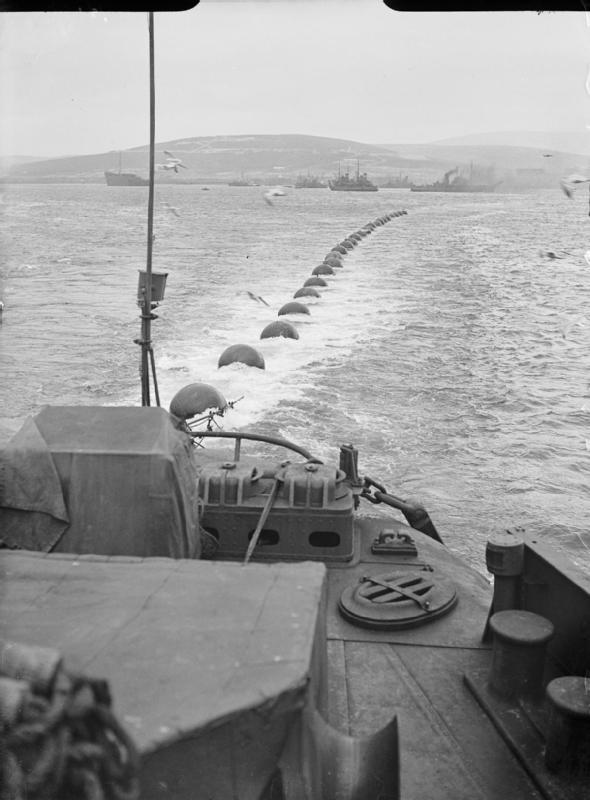 La guerre sous-marine et de surface 1939 - 1945 - Page 50 Boom_d10