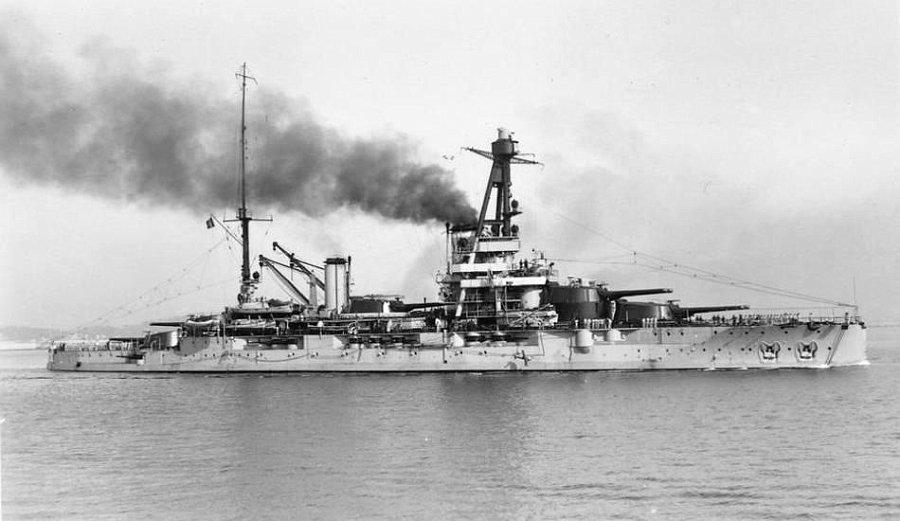La guerre sous-marine et de surface 1939 - 1945 - Page 36 Bretag11