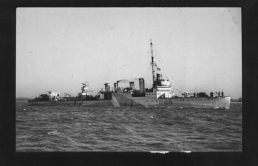 La guerre sous-marine et de surface 1939 - 1945 - Page 5 Broadw11
