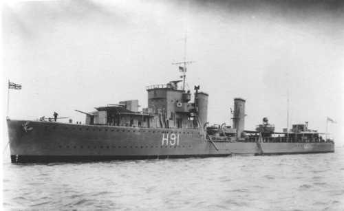 La guerre sous-marine et de surface 1939 - 1945 - Page 5 Bulldo11