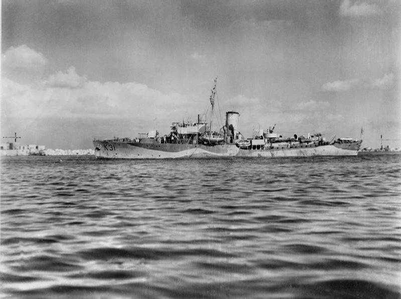 La guerre sous-marine et de surface 1939 - 1945 - Page 63 Camell10