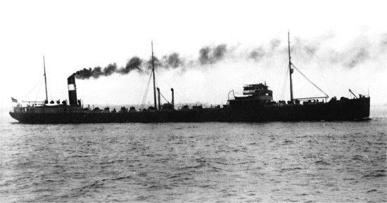 La guerre sous-marine et de surface 1939 - 1945 - Page 55 Charle10
