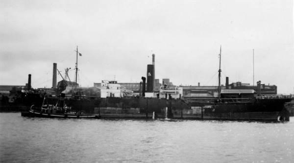 La guerre sous-marine et de surface 1939 - 1945 - Page 47 Clinto10