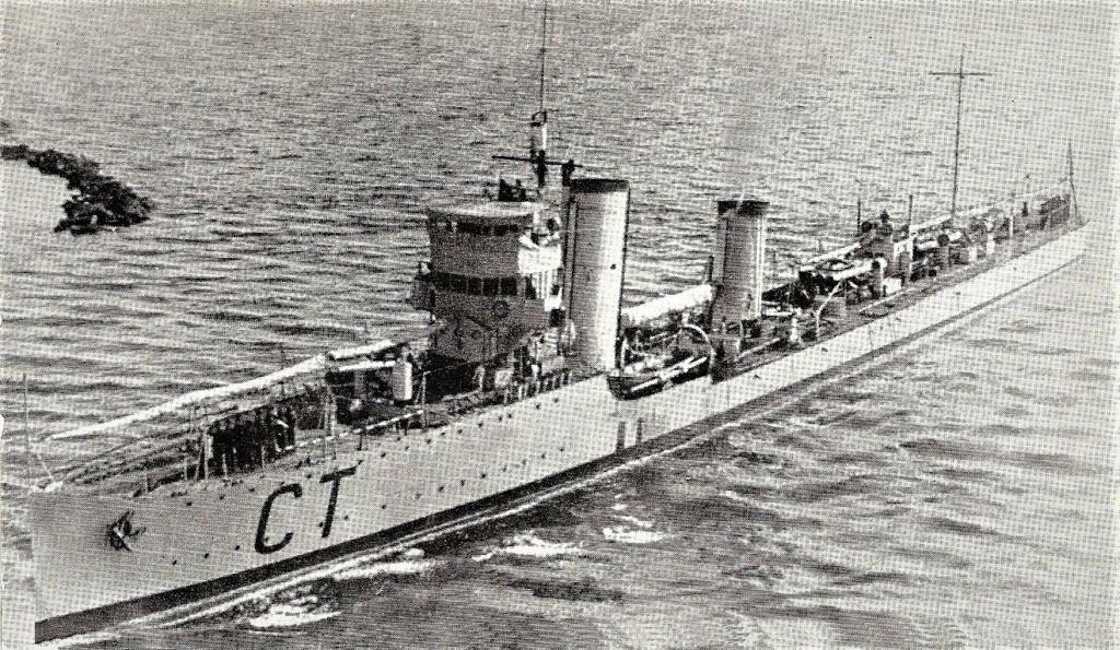La guerre sous-marine et de surface 1939 - 1945 - Page 3 Curtat10