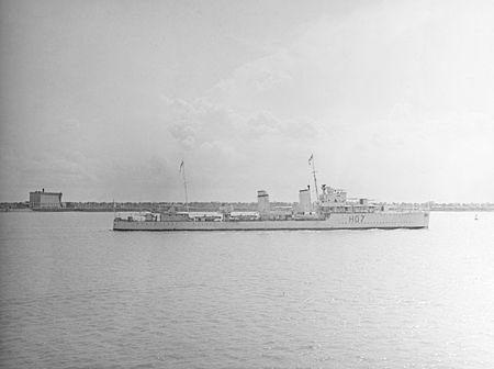 La guerre sous-marine et de surface 1939 - 1945 - Page 36 Defend10