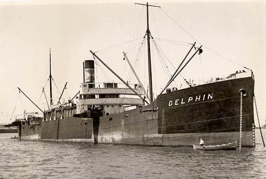 La guerre sous-marine et de surface 1939 - 1945 - Page 45 Delphi12