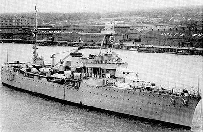 La guerre sous-marine et de surface 1939 - 1945 - Page 36 Dugay-10