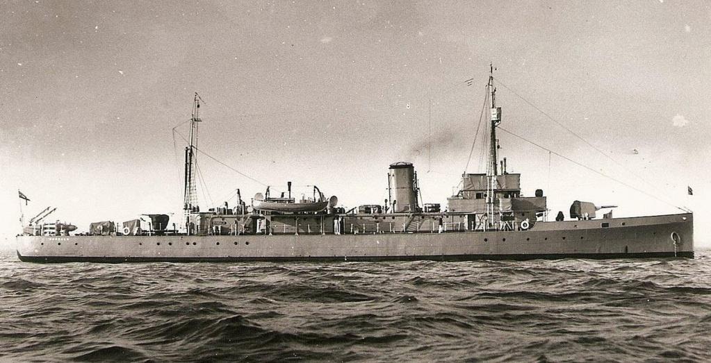 La guerre sous-marine et de surface 1939 - 1945 - Page 46 Dundal10