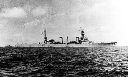 La guerre sous-marine et de surface 1939 - 1945 - Page 36 Duques10