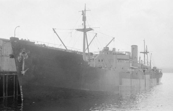 La guerre sous-marine et de surface 1939 - 1945 - Page 5 Elmden10