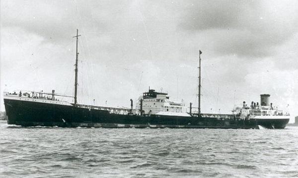La guerre sous-marine et de surface 1939 - 1945 - Page 3 Elusa10