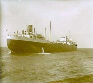 La guerre sous-marine et de surface 1939 - 1945 - Page 6 Emile_10