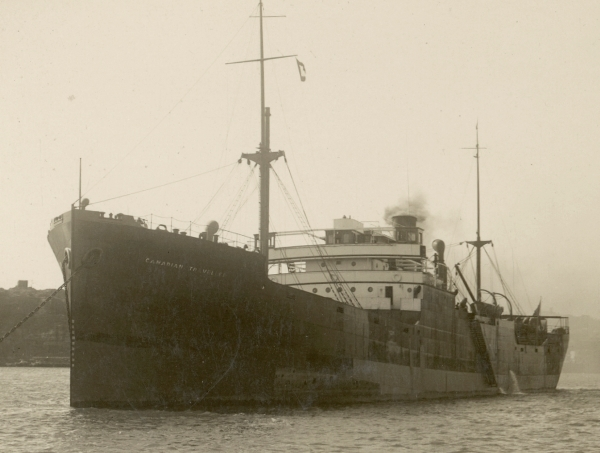 La guerre sous-marine et de surface 1939 - 1945 - Page 43 Empire13