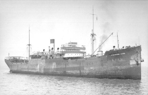 La guerre sous-marine et de surface 1939 - 1945 - Page 60 Empire19